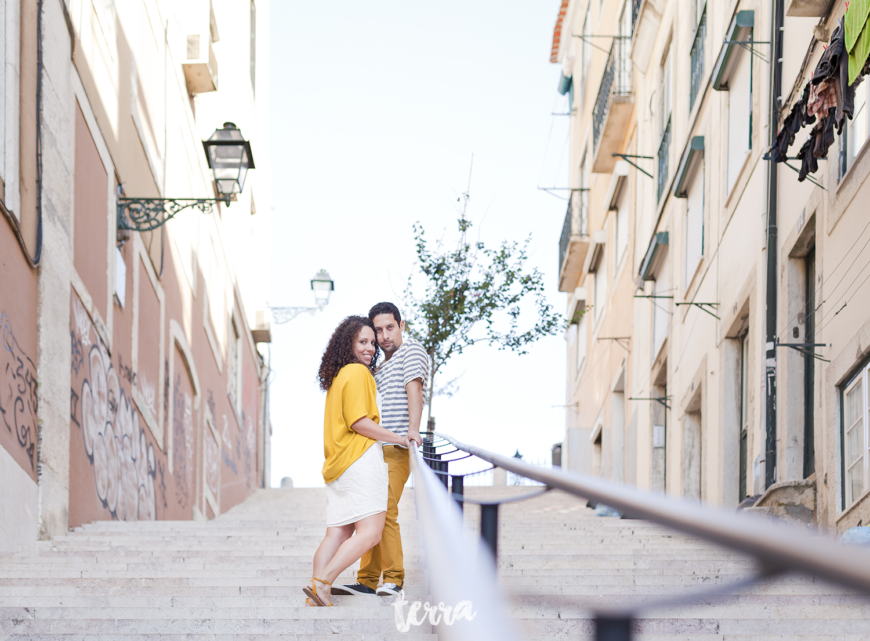 sessao-fotografica-casal-bairro-alto-lisboa-terra-fotografia-0036.jpg
