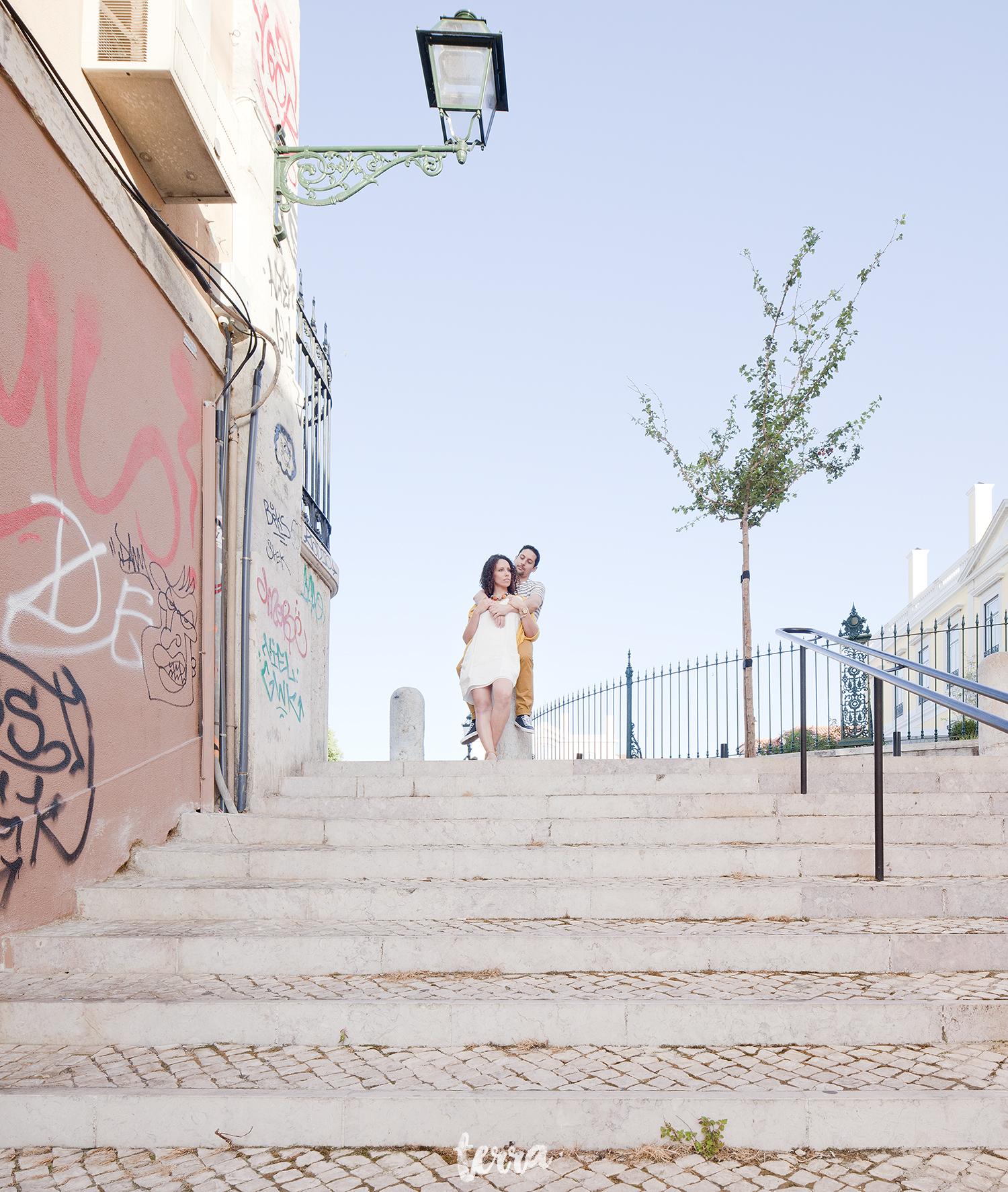 sessao-fotografica-casal-bairro-alto-lisboa-terra-fotografia-0038.jpg