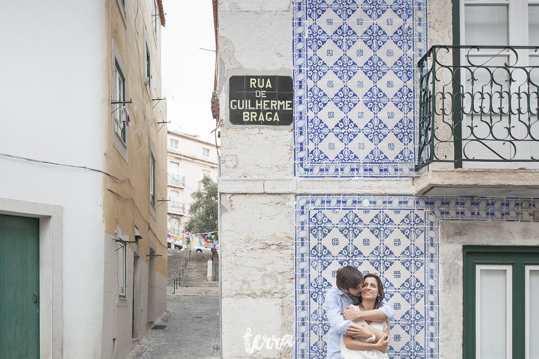 engagement-session-alfama-lisboa-terra-fotografia-037.jpg
