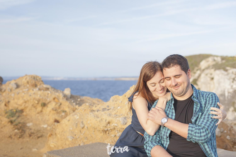 sessao-fotografica-casal-forte-luz-peniche-terra-fotografia-29.jpg
