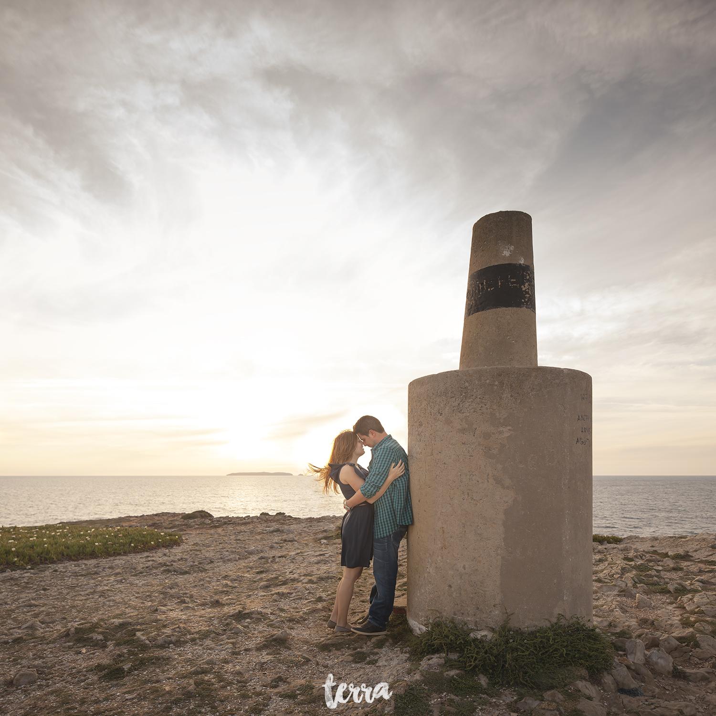 sessao-fotografica-casal-forte-luz-peniche-terra-fotografia-36.jpg