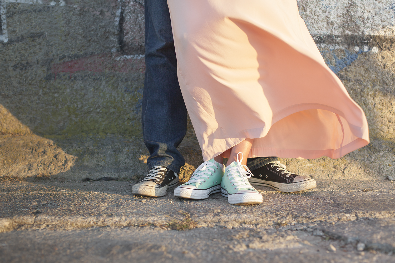 sessao-fotografica-casal-cais-ginjal-terra-fotografia-28.jpg