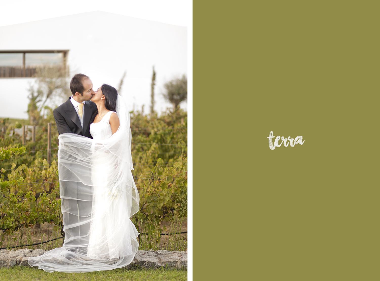sessao-fotografica-trash-the-dress-land-vineyards-alentejo-terra-fotografia-0020.jpg