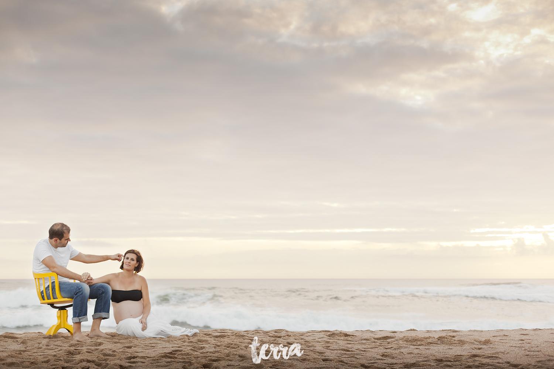 sessao-fotografica-gravidez-praia-sao-lourenco-terra-fotografia-0025.jpg