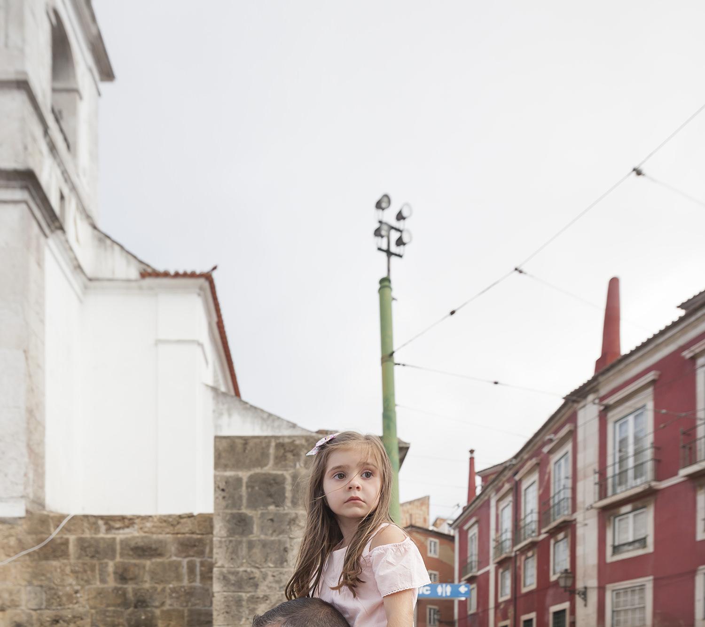 alfama-lisbon-family-photogapher-terra-fotografia-0060.jpg
