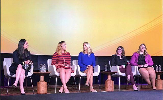 #TBT @ellenterlizzi discussing millennial stereotypes at #WINiT! 🙌🏽 #womenintravel #womeninbusiness #womenempoweringwomen #sharetheknowledge