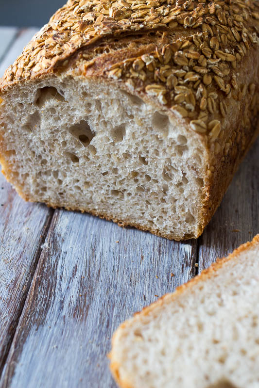 Porridge sourdough - 90% White flour, 10% wholemeal flour, 15% oats. We make a rather stiff porridge and incorporate it into the dough. Since it's baked in a tin, it does not develop a thick crust, making it the perfect alternative for your sliced pan.