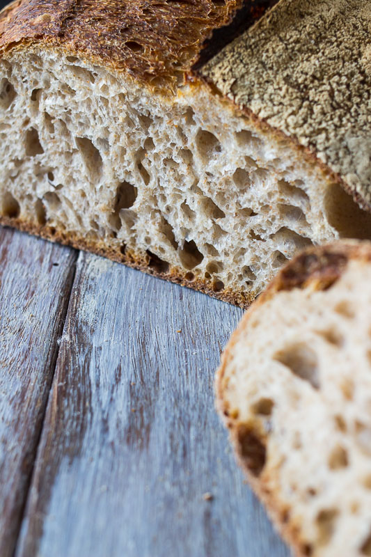 Wholemeal sourdough - 40% wholemeal flour, 60% white flour. One of the most popular bread in the shop. It has a mild taste, making it perfect with sweet or savoury toppings.