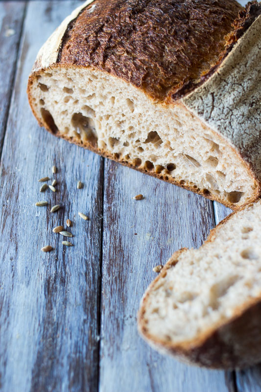 Whole grain sourdough - Our wholemeal sourdough with added (soaked) organic whole rye, organic wheat grains and buckwheat