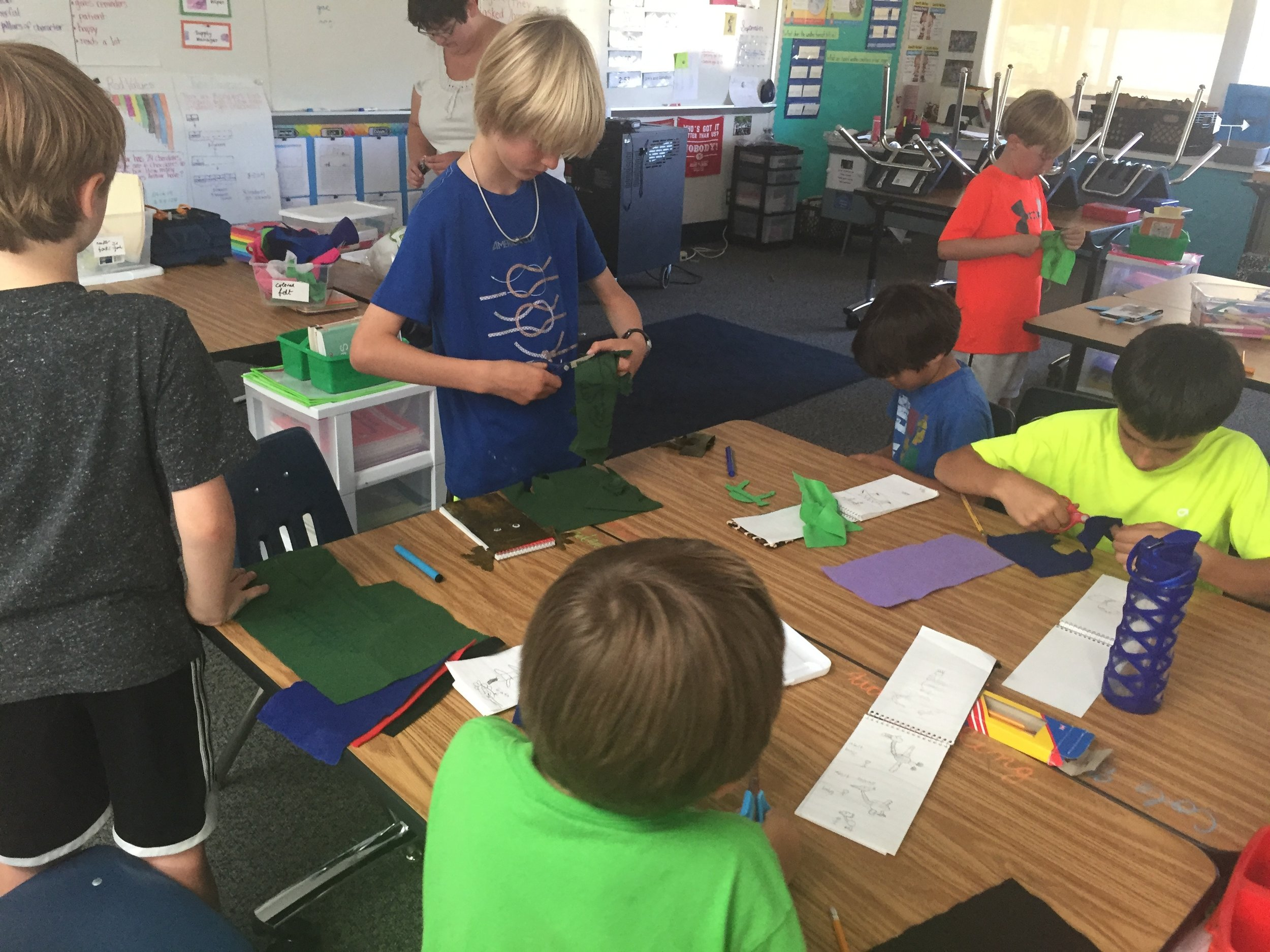 3rd Grade Boys Craft2016-09-27 15.19.31.jpg