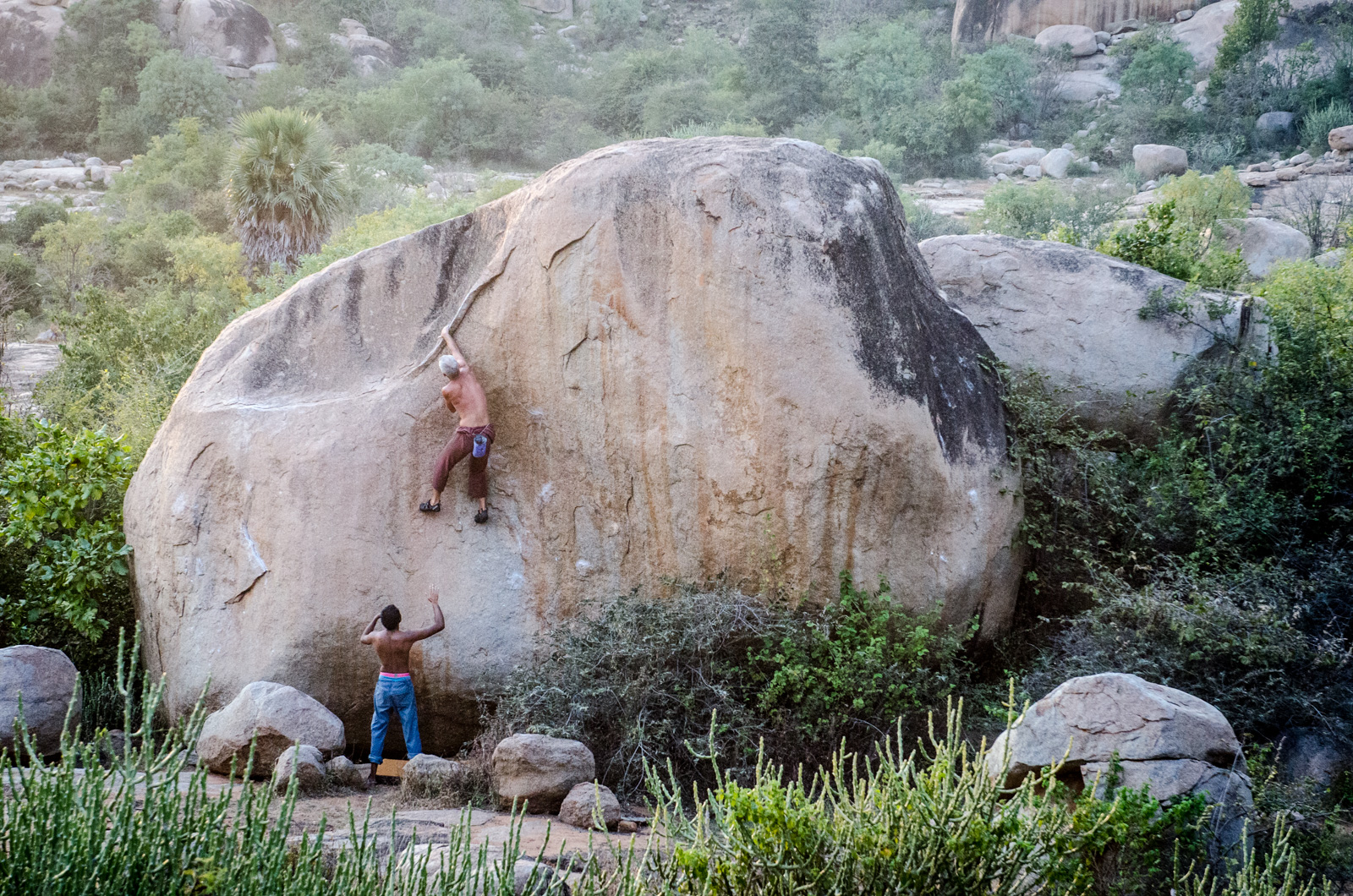 Hampi-India-bouldering-rockclimbing-AmyRolloPhoto-0842.jpg