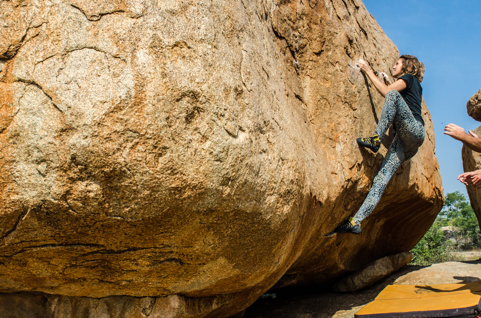 Hampi-India-bouldering-rockclimbing-AmyRolloPhoto-0815.jpg