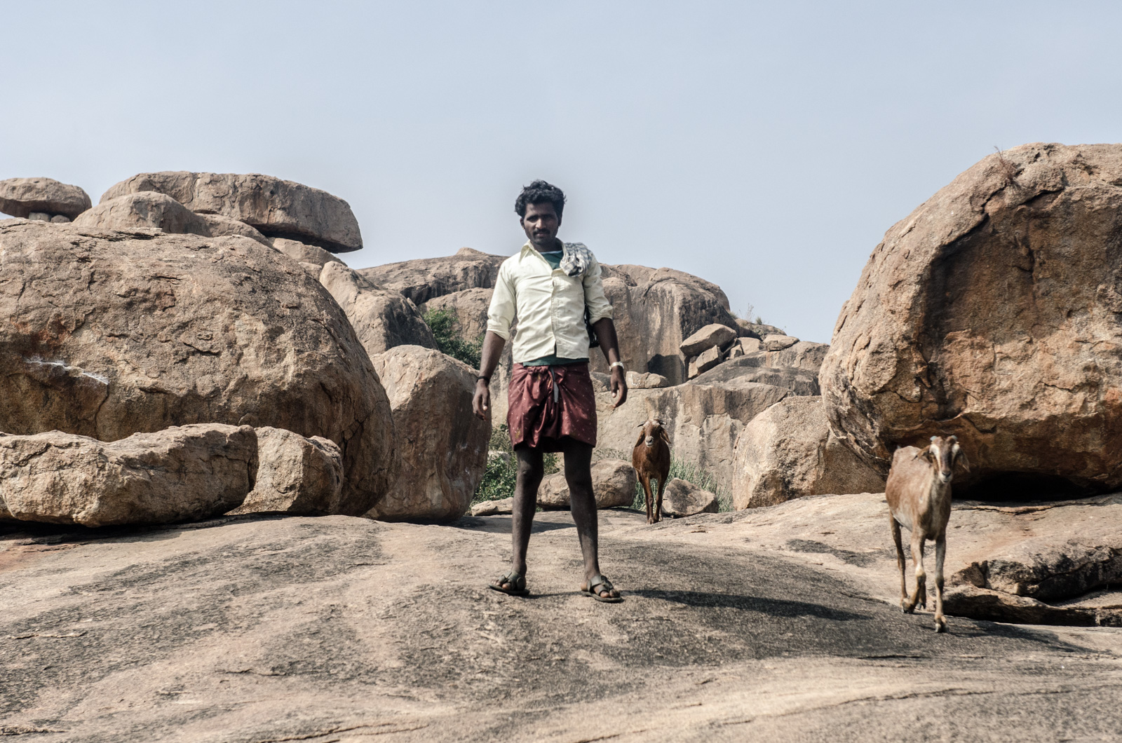 Hampi-India-bouldering-rockclimbing-AmyRolloPhoto-0946.jpg