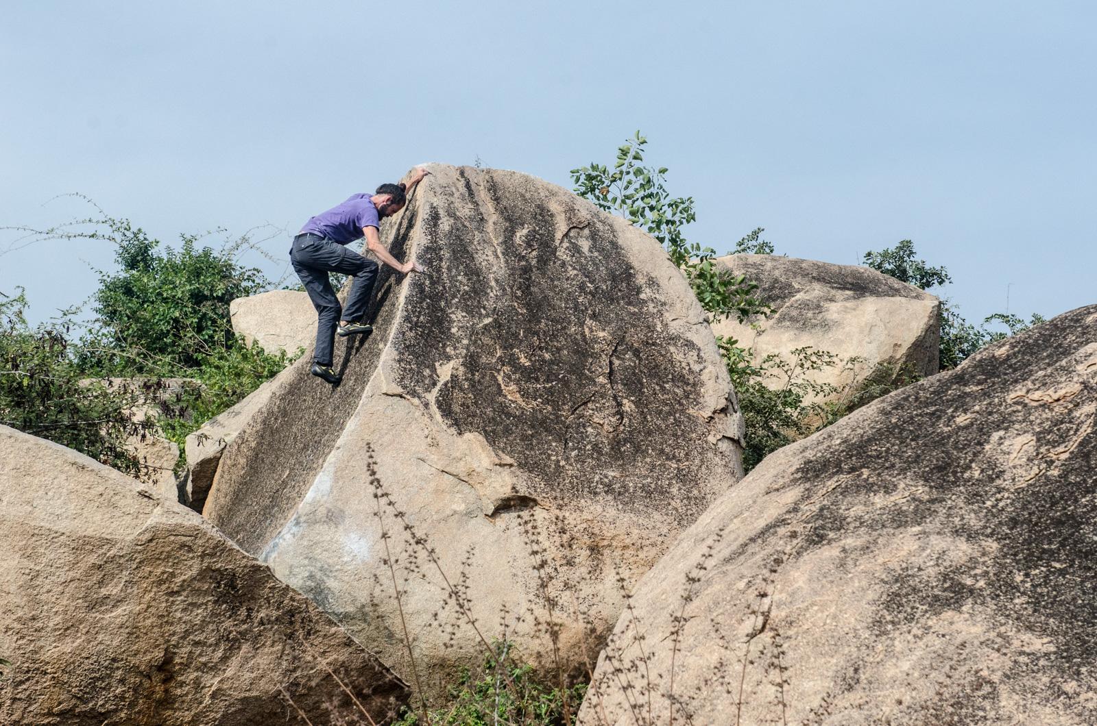 Hampi-India-bouldering-rockclimbing-AmyRolloPhoto-0969.jpg