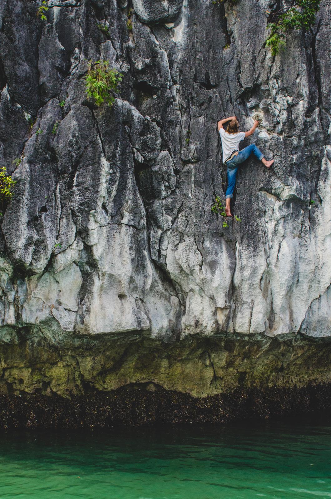 CatBaIsland-Vietnam-AmyRolloPhoto-155-Edit-2.jpg