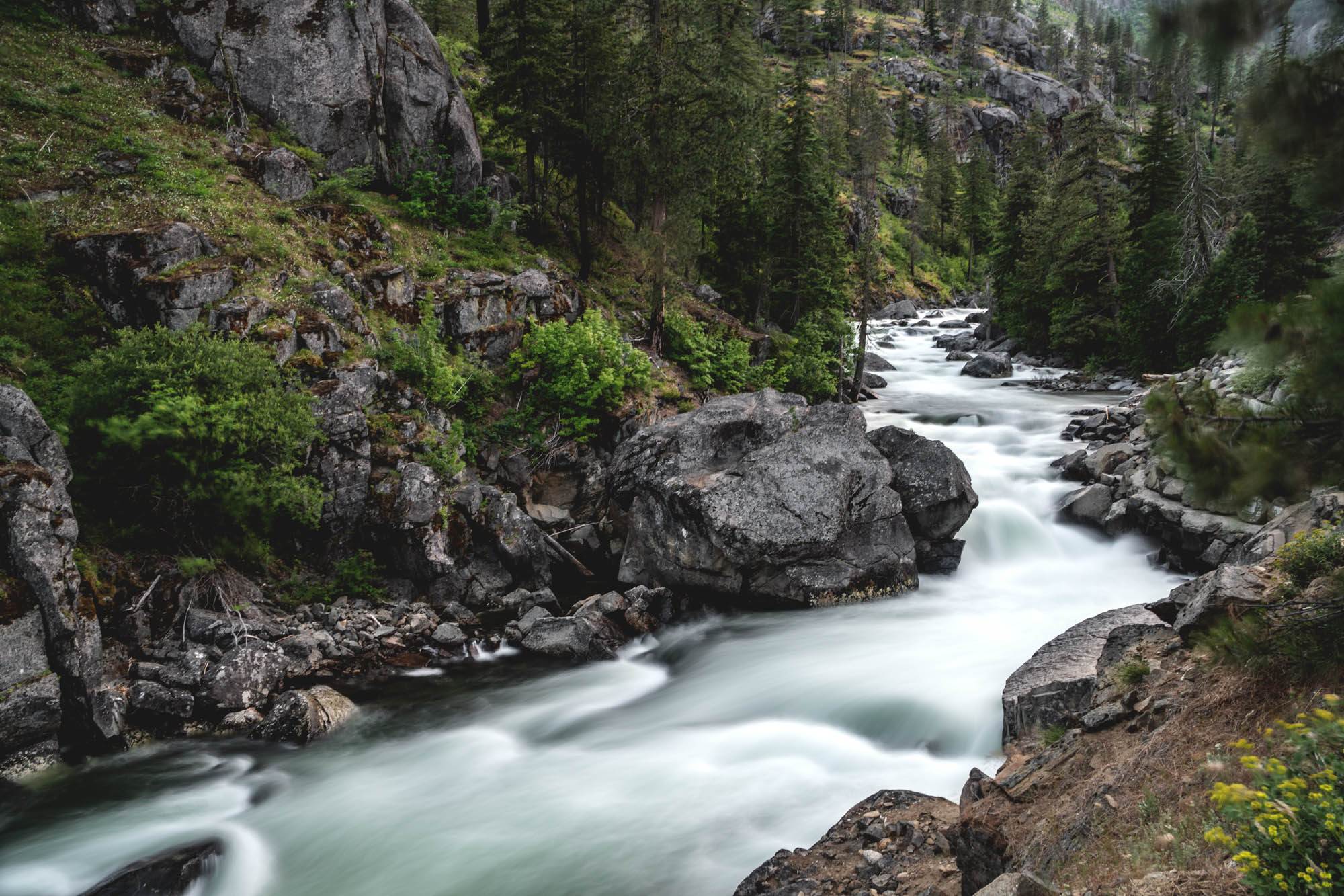IcicleRiver-Leavenworth-Washington-AmyRolloPhoto-02290-Edit.jpg