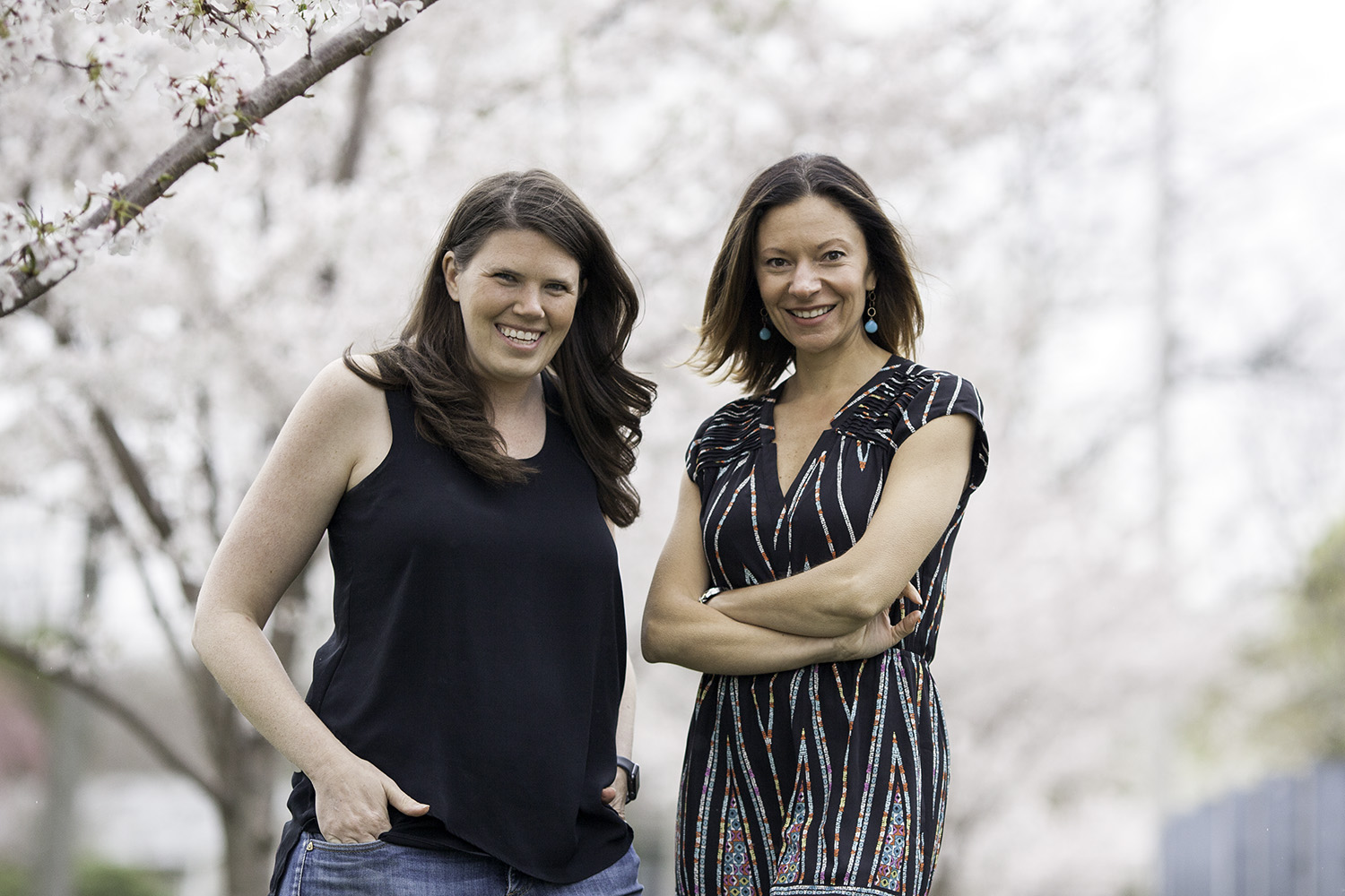 Sarah Roshan (left) and Sarah Lehberger (right), Co-Founders of SHE WILL THRIVE