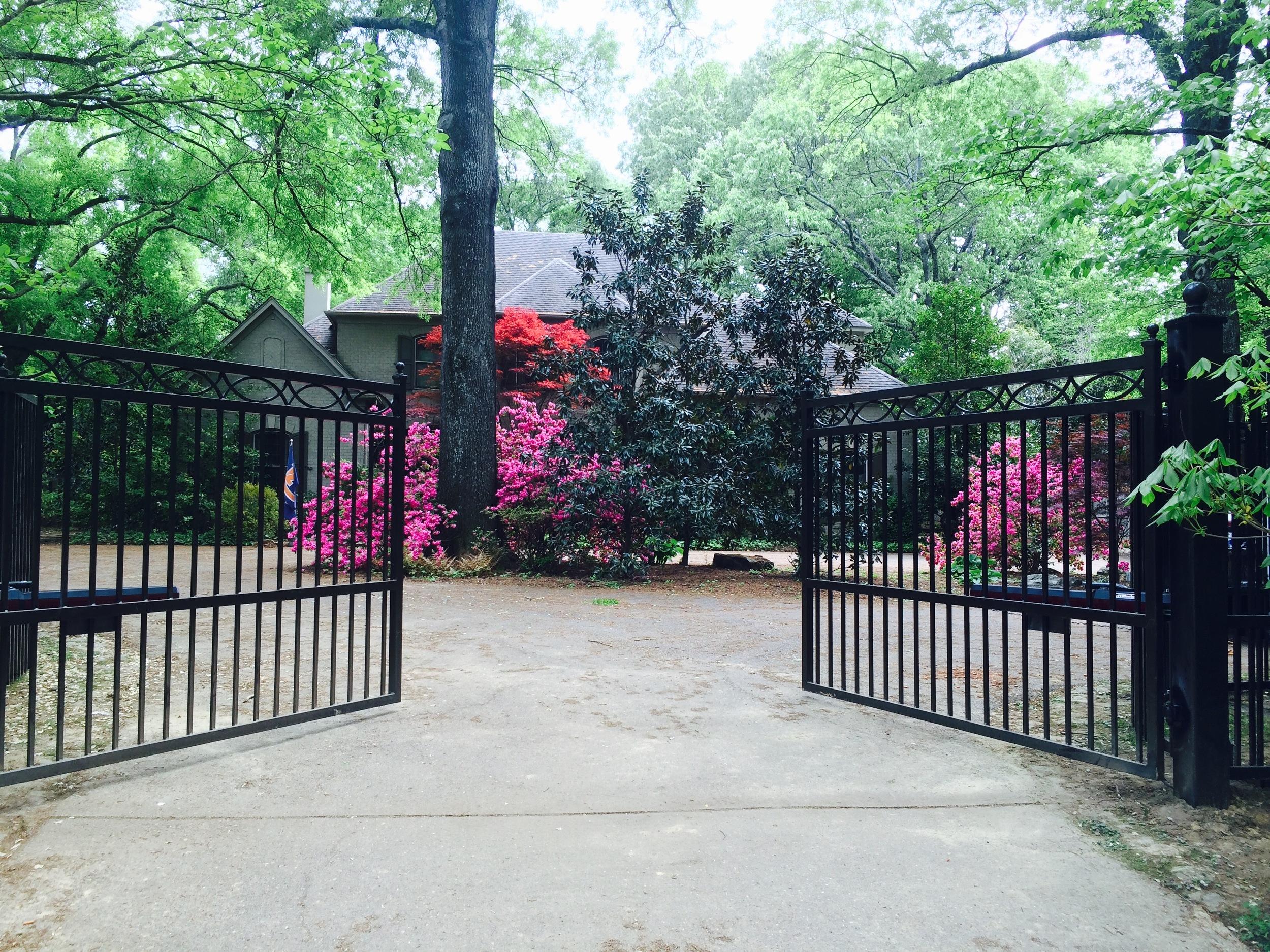 Jensen Gate.jpg