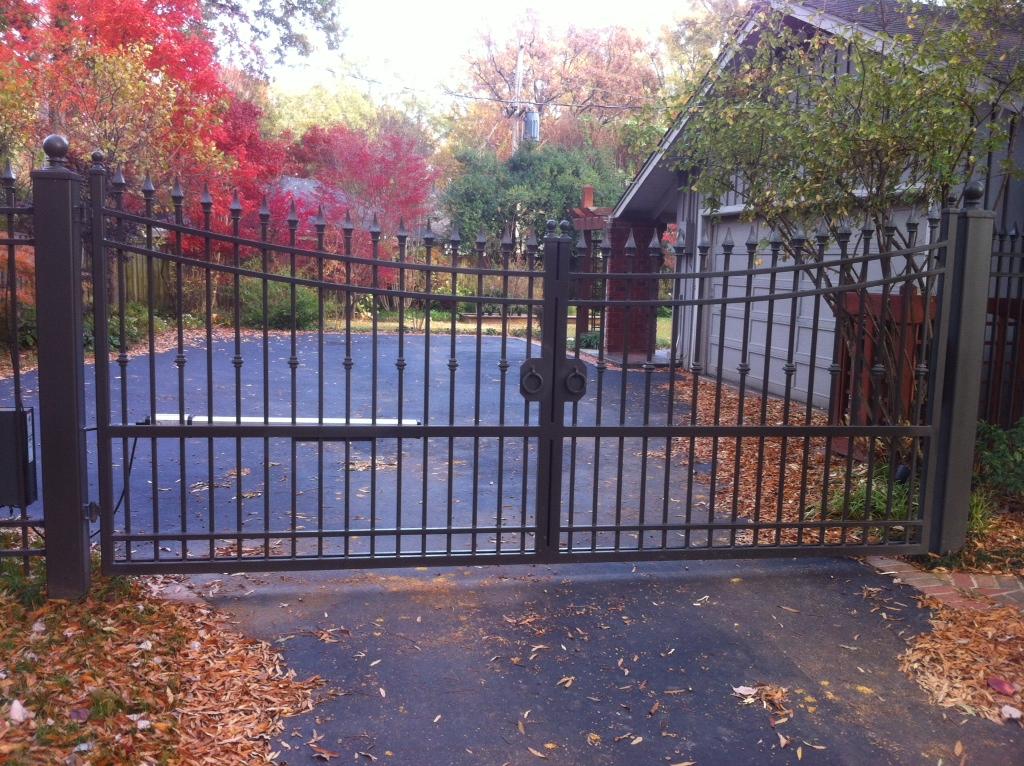 Inverted Gate.JPG