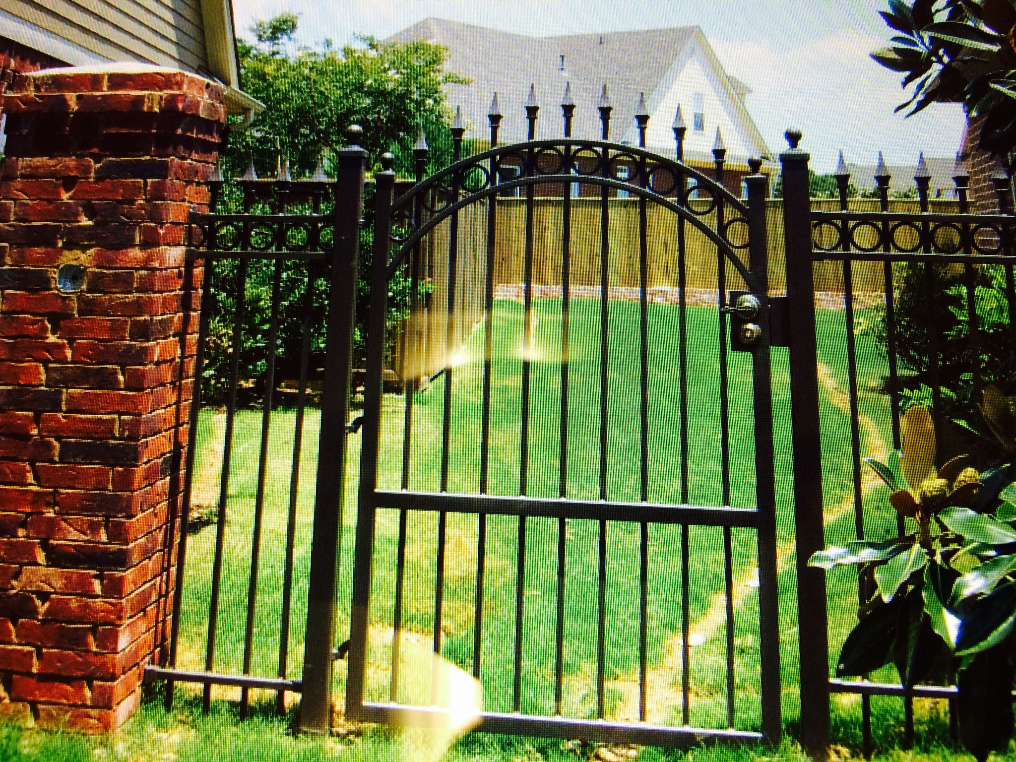 Single Gate.jpg
