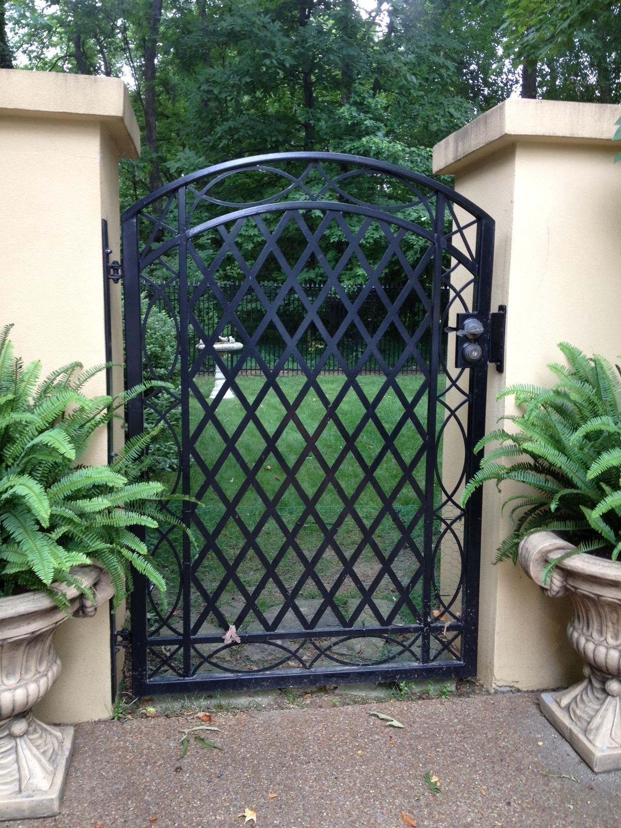 Lattice Gate.JPG
