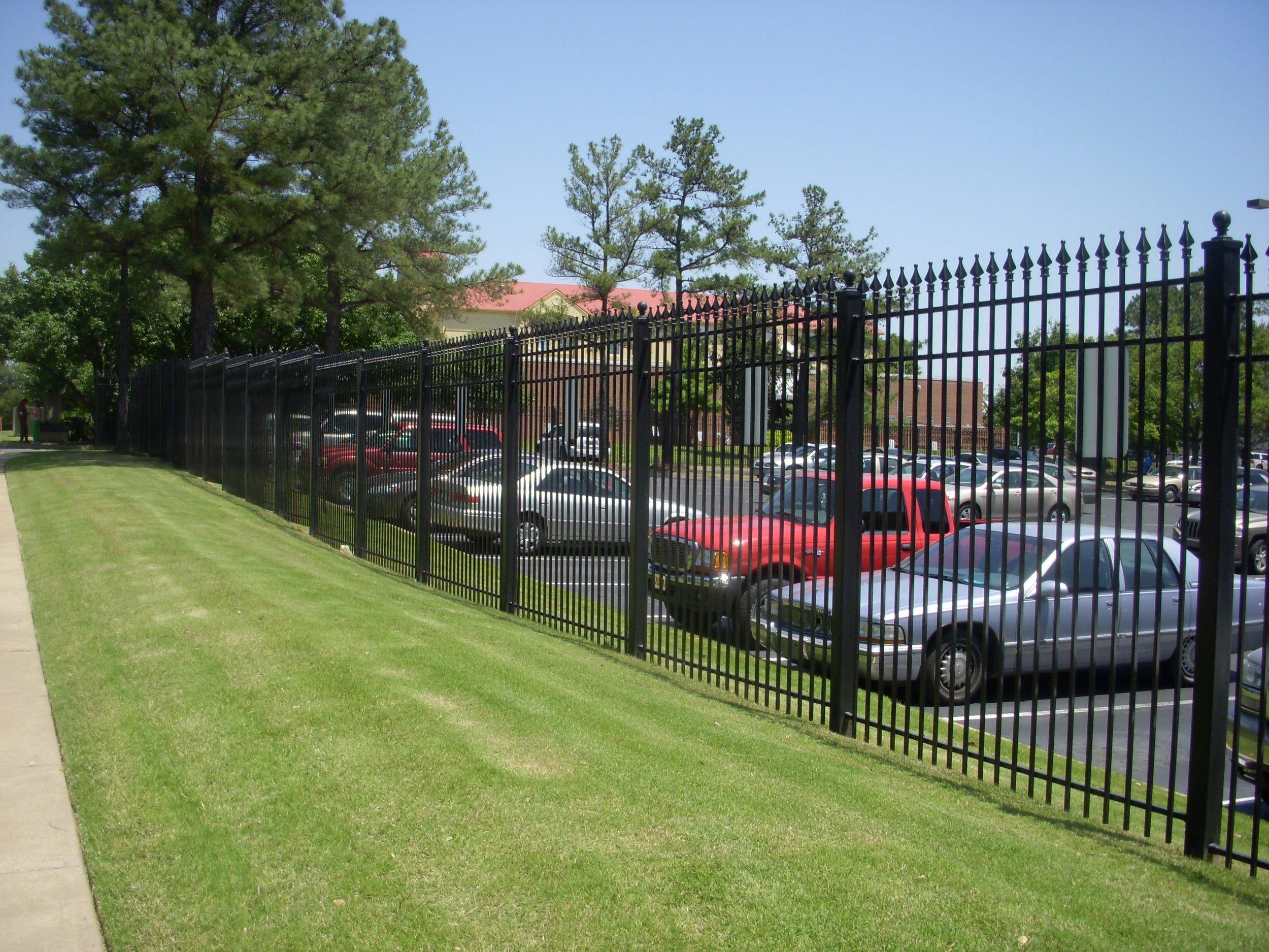 8' high 3 runner fence 2.jpg