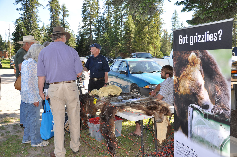 Tim Manley/FWP and Russ Talmo/Defenders of Wildlife - SVBR Bear Fair