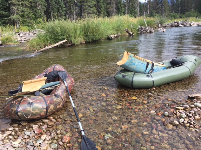 This half-a-canoe could be salvaged, however, and it fit nicely in a packraft.
