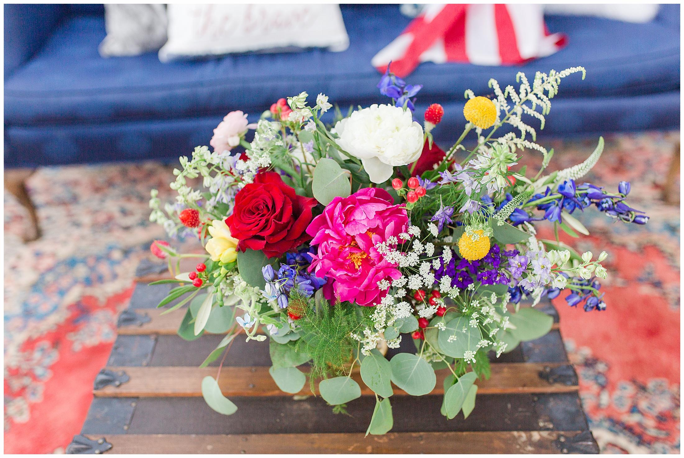 colorful-americana-wedding-shoot_0012.jpg