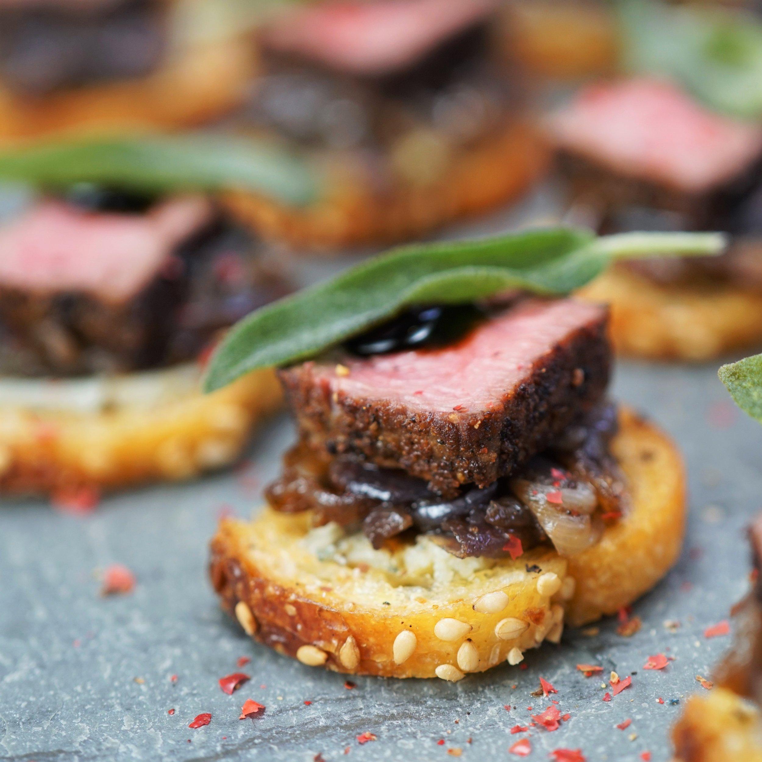 Beef Tenderloin & Caramelized Onion Crostini