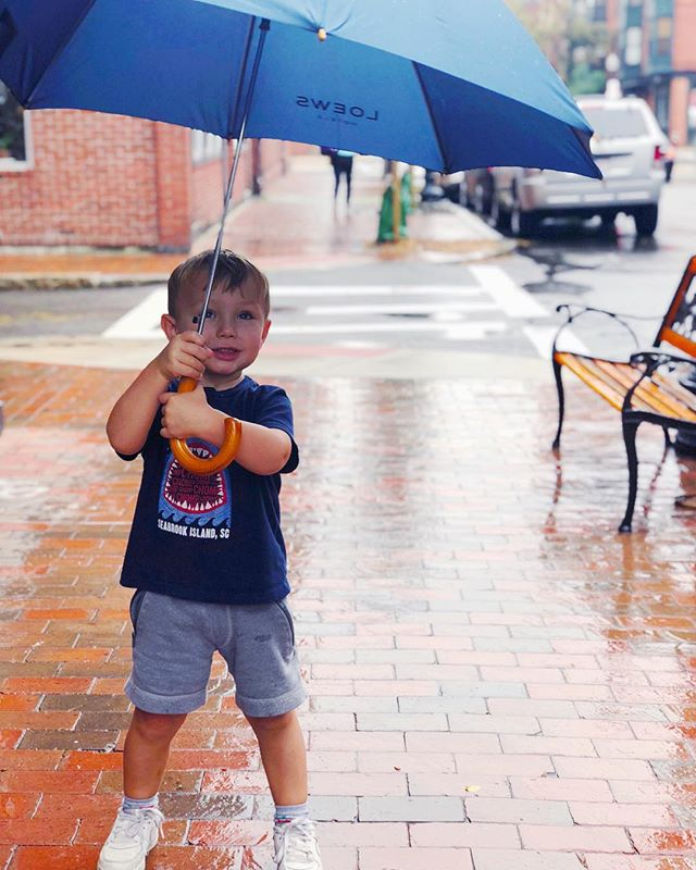 Rainy day magic ☂️#livelikejames