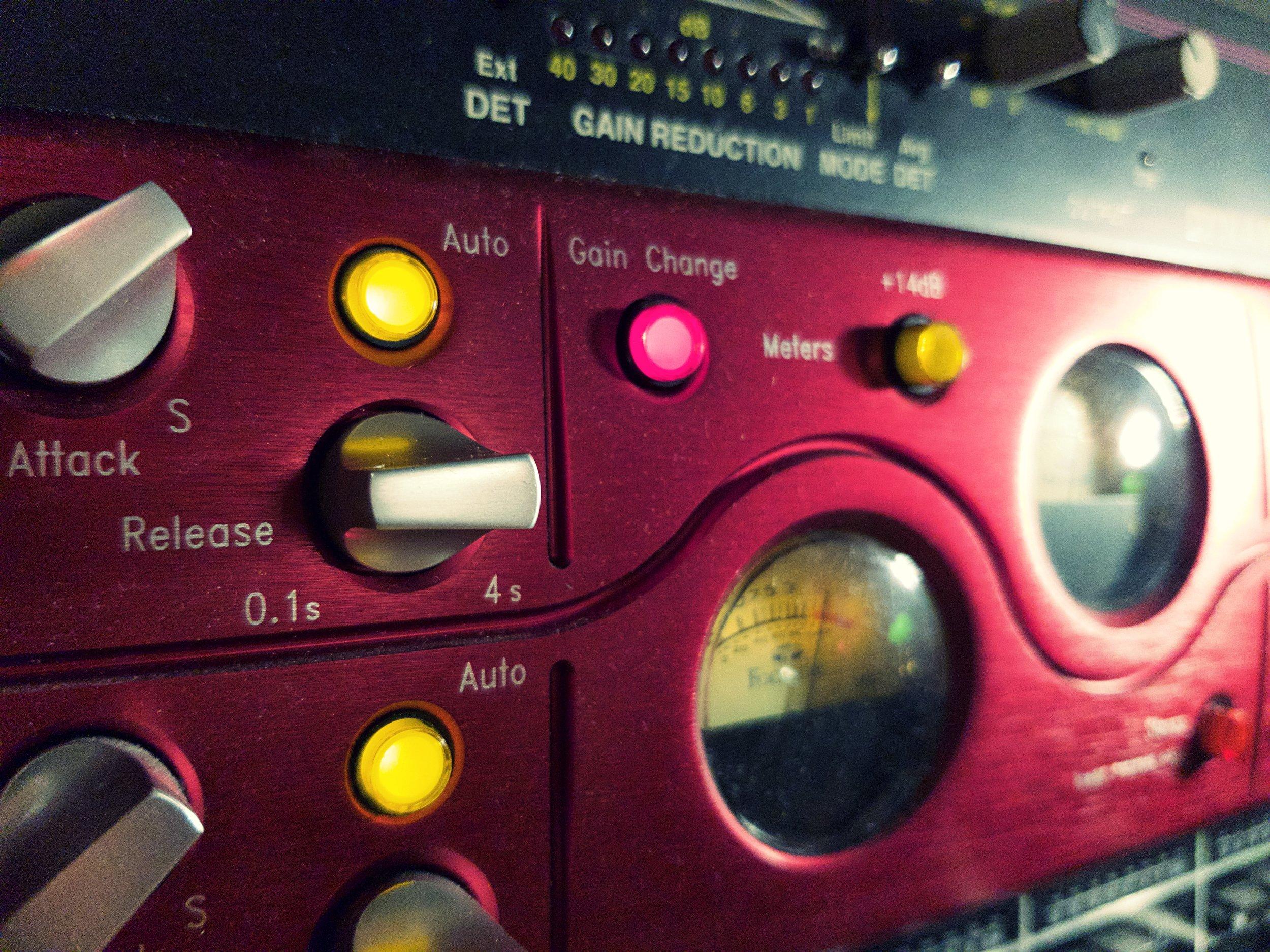 Focusrite Red 3 Stereo Compressor