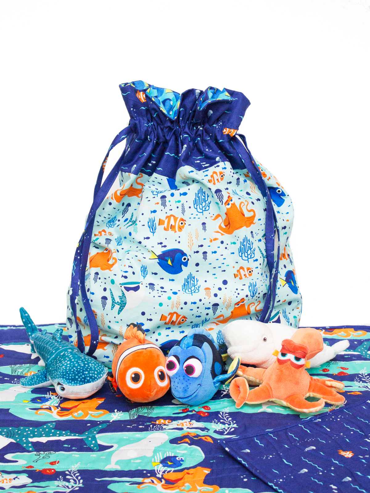 FINDING DORY TOY BAG AND QUILTED PLAY MAT Bag pattern by In Color Order, Whole Cloth Quilted Play Mat