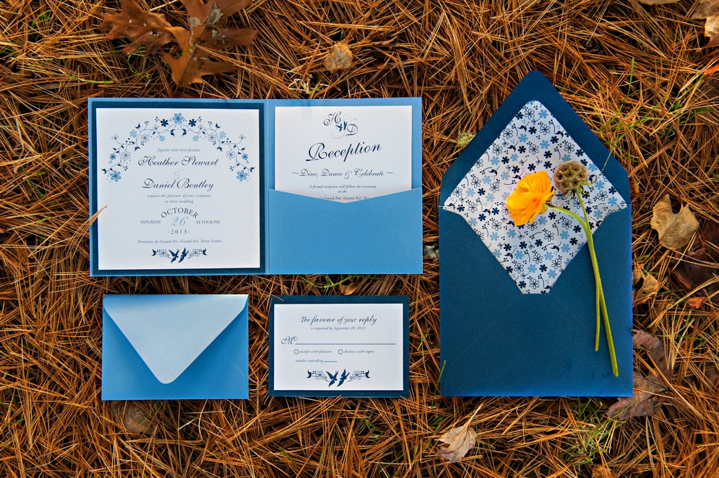 Blue-Willow-Fall-Wedding-Inspiration-Nova-Scotia-Wedding-Photographer001.jpg