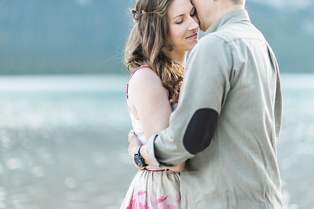 Rocky-Montain-Engagement-Shoot-Canmore-Alberta_22.jpg