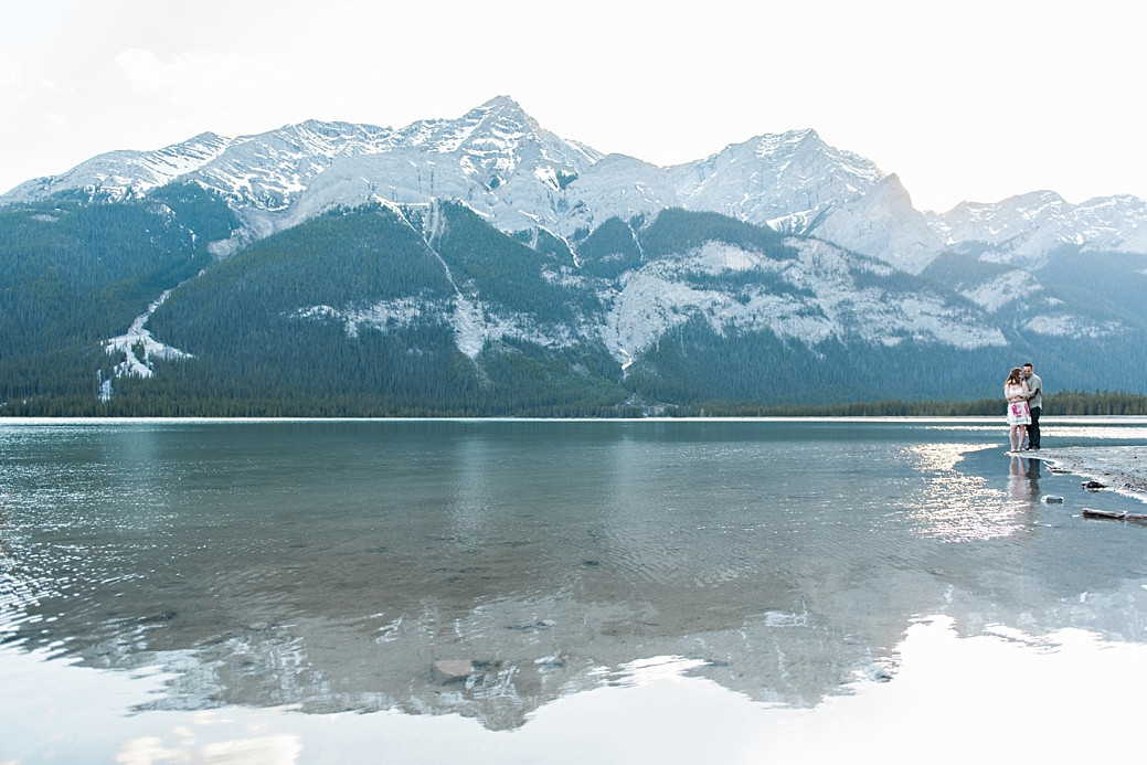 Rocky-Montain-Engagement-Shoot-Canmore-Alberta_34.jpg
