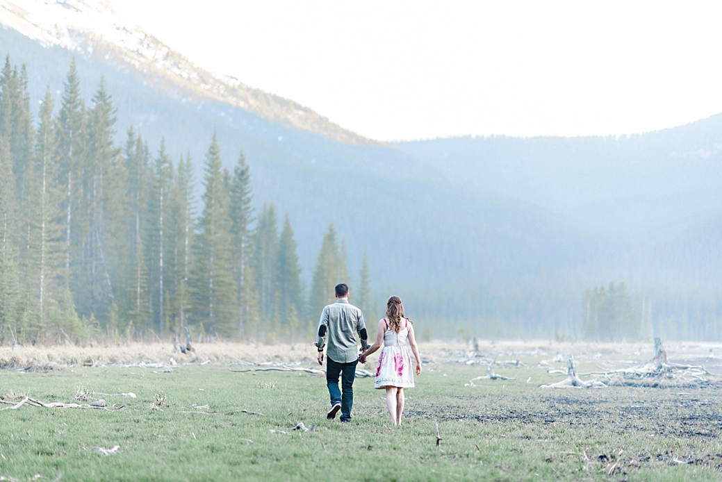 Rocky-Montain-Engagement-Shoot-Canmore-Alberta_41.jpg