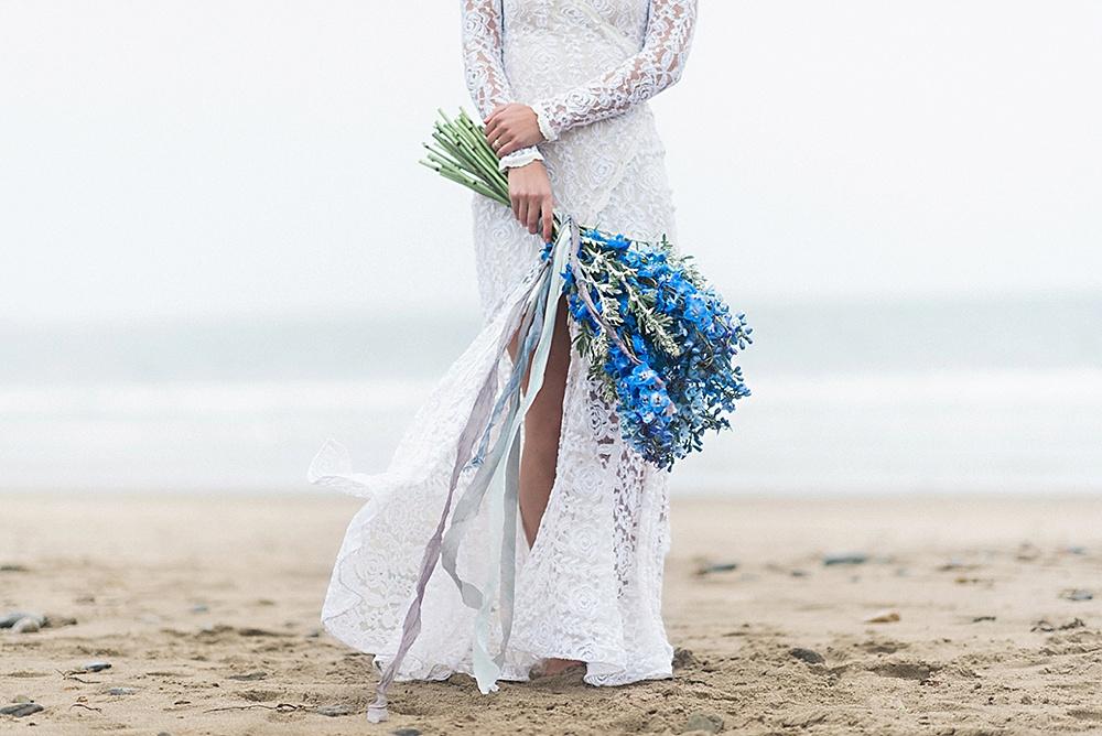 Windswept-Coastal-Bridal-Shoot-Beach-Inspiration005.jpg