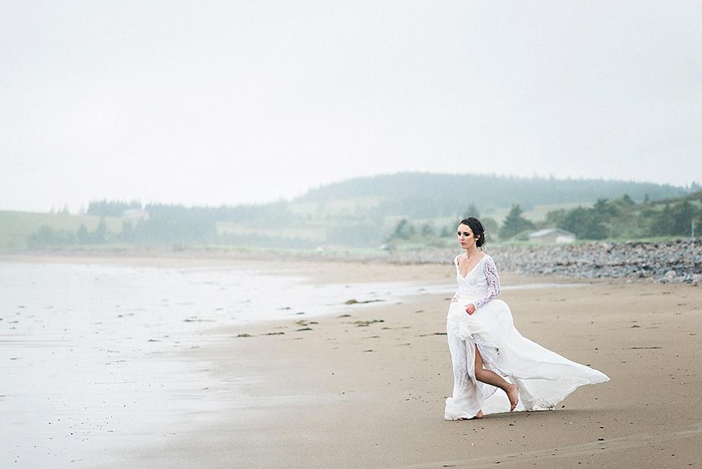 Windswept-Coastal-Bridal-Shoot-Beach-Inspiration011.jpg