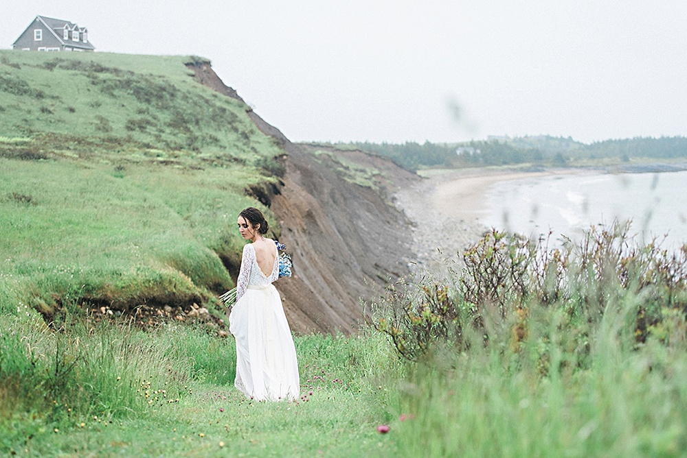 Windswept-Coastal-Bridal-Shoot-Beach-Inspiration023.jpg