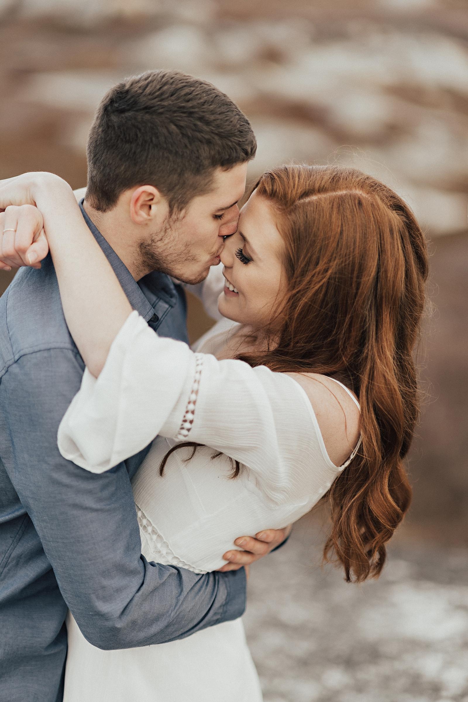 Halifax-Wedding-Photographer_Annie&Ryan_Ocean-Engagement-Shoot_24.jpg