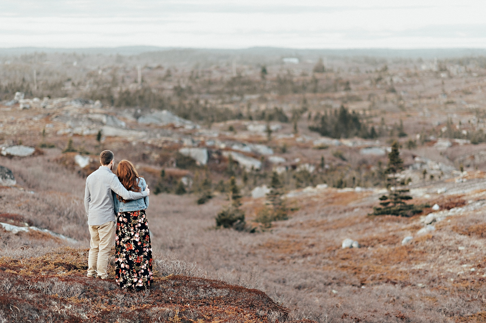 Halifax-Wedding-Photographer_Annie&Ryan_Ocean-Engagement-Shoot_40.jpg