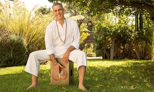 xTommy_Rosen_author_yoga.jpg.pagespeed.ic.yj04SYxamY.jpg