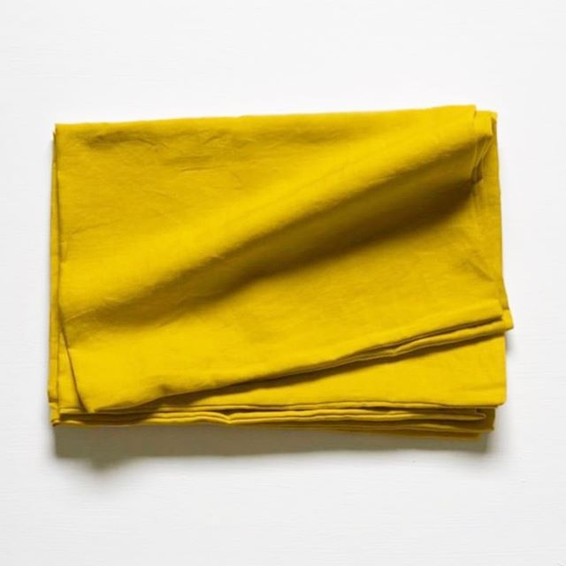 Our French linen is imported (if only you could get linen in Australia) and we make each and every single item by hand (well, Mum does!) in Ocean Grove. Here's our mustard colourway ⚡️