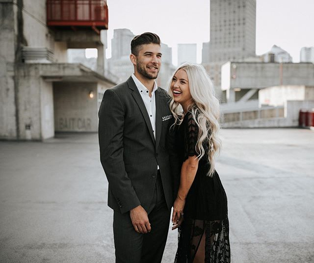 Kennedy and Shayne are tying the knot tomorrow!! 💃🍾🙌 And I somehow missed blogging their insanely gorgeous engagement session, so I did that tonight 😆✌️