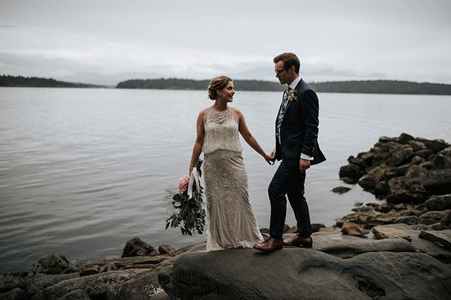 This lovely island wedding is on the blog!! . .  #radlovestories #junebugweddings #andreaballphoto #portraitcollective #tribearchipelago #lxcpresets #pnwcollective #lookslikefilm #stylemepretty #greenweddingshoes #photobugcommunity #vancouverweddingphotographer #loveandwildhearts #emotionoverperfection #dirtybootsandmessyhair #pnwedding