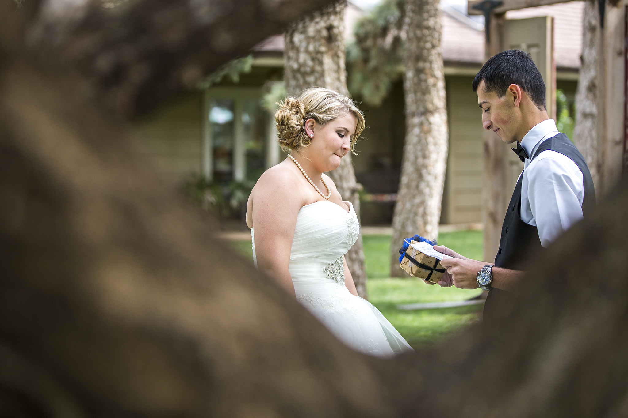 First look, gifts, bride and groom