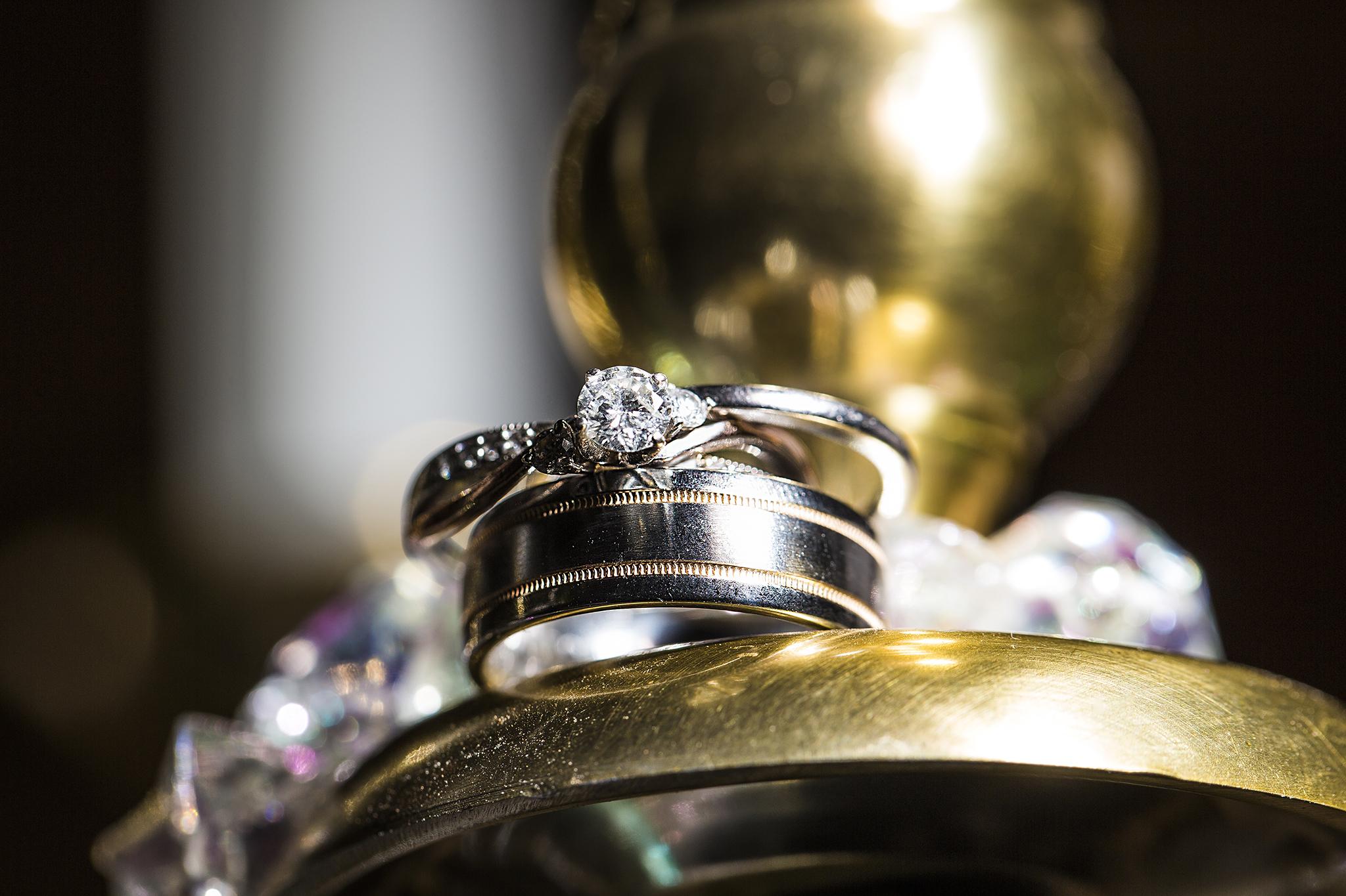Ring Shots, Details, Gold, Diamonds