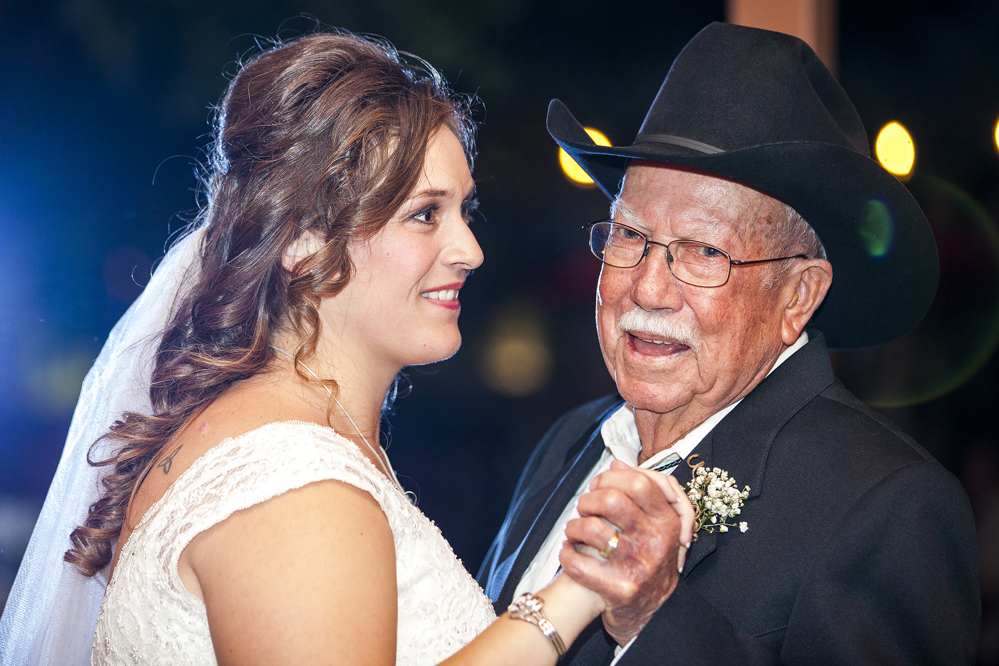 Lubbock Wedding Photography Wedding Photographer Walnut Tree Father Daughter Dance
