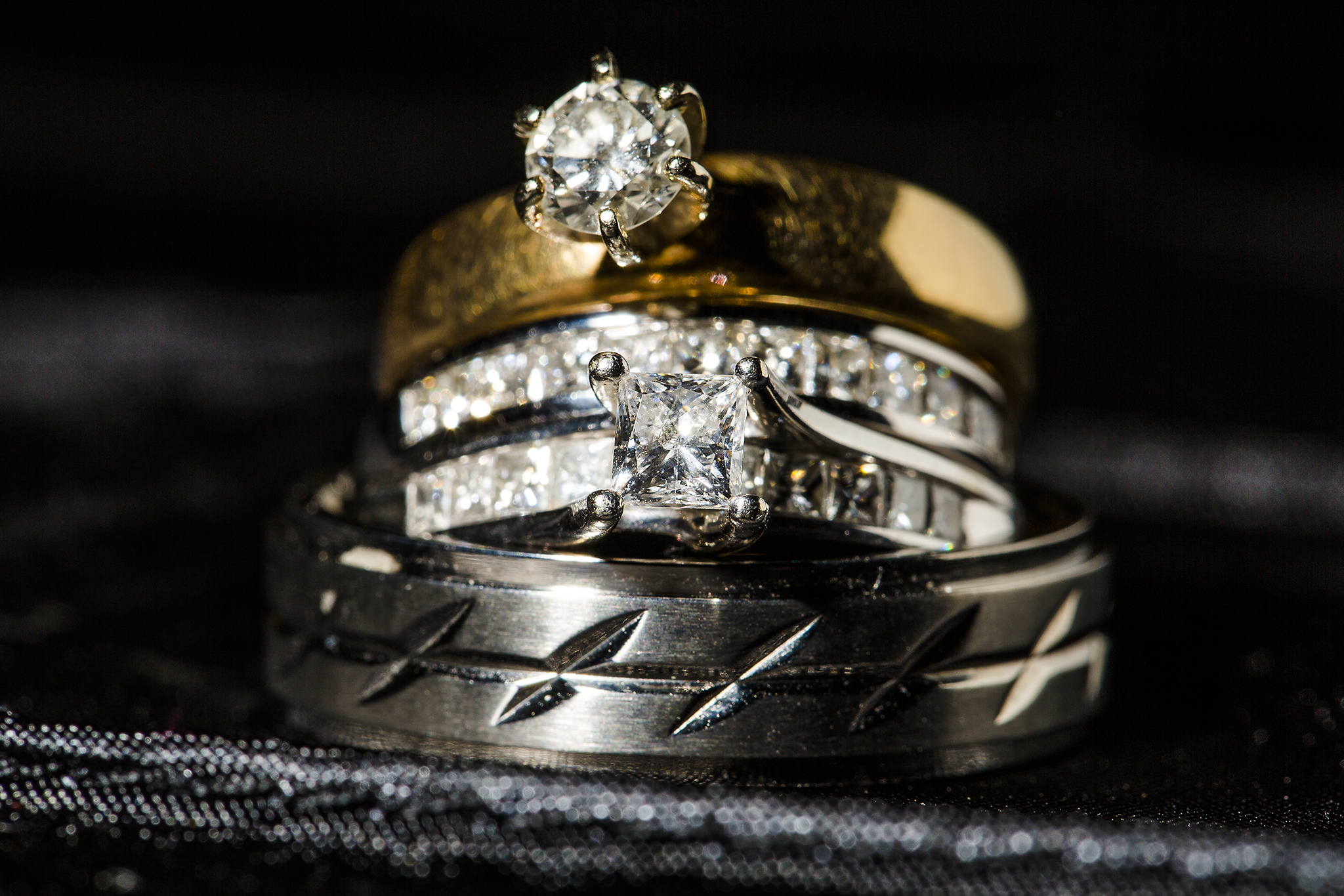 ring shot, wedding details, wedding bands, macro photography